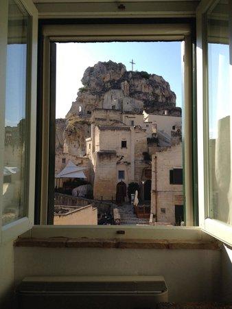 Agli Archi : La finestra di fronte