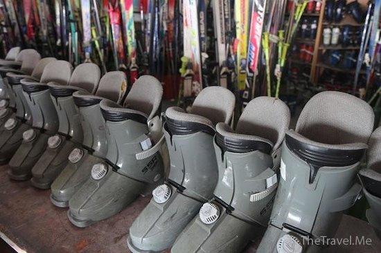 Longzhu Erlongshan Ski Area: 龍珠二龍山滑雪場
