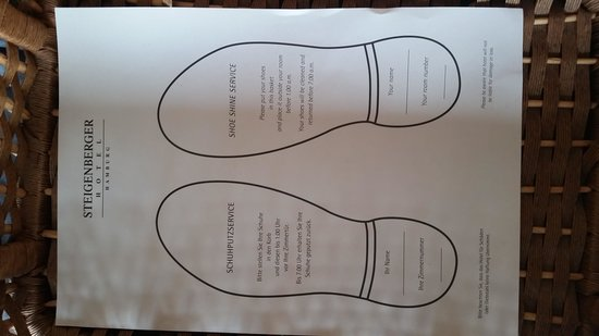 Steigenberger Hotel Hamburg: shoe shine service