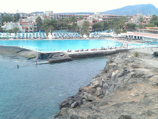 Alborada Beach Club: View from the path on the hill opposite