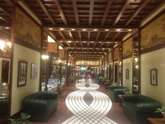 Grand Hotel Trento: hall