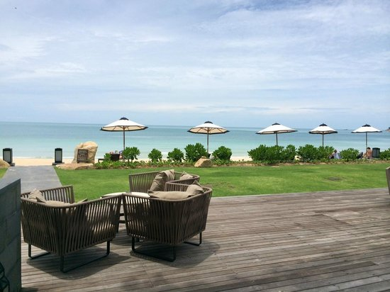 Vana Belle, A Luxury Collection Resort, Koh Samui: Lovely beach, clean, not too crowded.. just gorgeous.