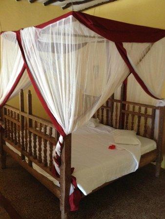 Waridi Beach Resort & Spa: Letto