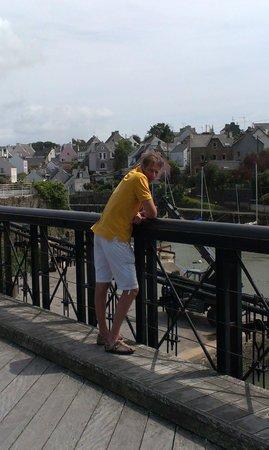 Chambres d'hotes Talvern : Philippe sur le pont du Bono