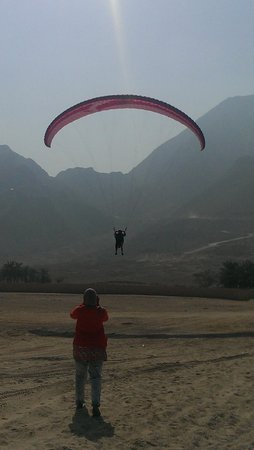 Six Senses Zighy Bay: Parachuting in Zighy
