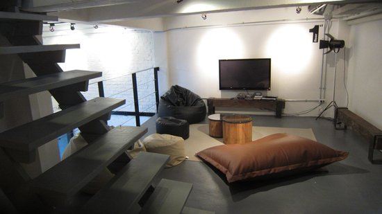 3Howw Hostel Khaosan : entertainment room