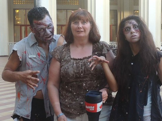 Hotel Riu Vallarta : Me & Zombies, they were going to the Micheal Jackson show