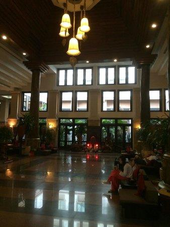 Angkor Miracle Resort & Spa : reception area