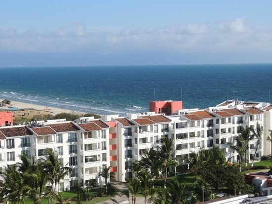 Hotel Riu Vallarta : the view from my room on the 8th floor