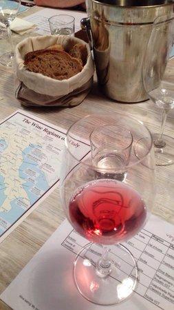 Vino Roma: Hærlig vinsmaking, anbefales!