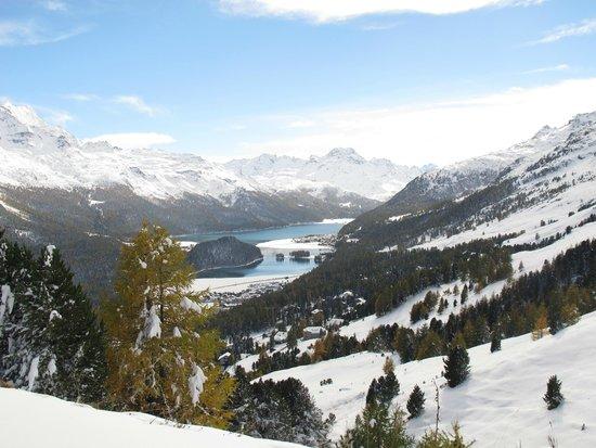 Mount Corvatsch : Looking down to St. Moritz