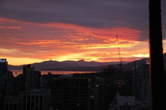 Vancouver Lookout: Lookout sunset