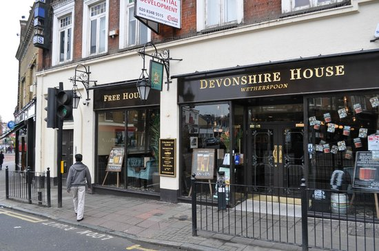 Entrance picture of the devonshire house london for The devonshire house
