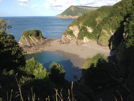 Watermouth Valley Camping Park: Campsite private beach