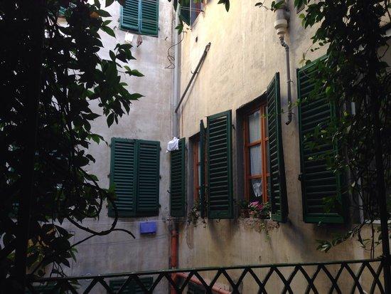 Casa Rovai Guest House: Balcony