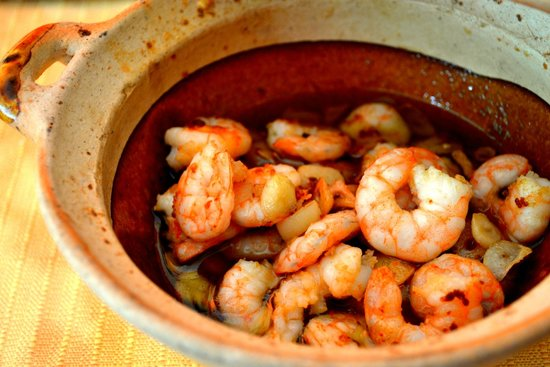 Mediterraneo Spanish & Italian Restaurant : Gambas al ajillo. Garlic shrimps in olive oil.