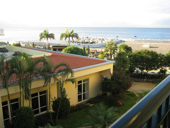 Porto Santa Maria Hotel : View from a second floor room (sea view facing the fort)