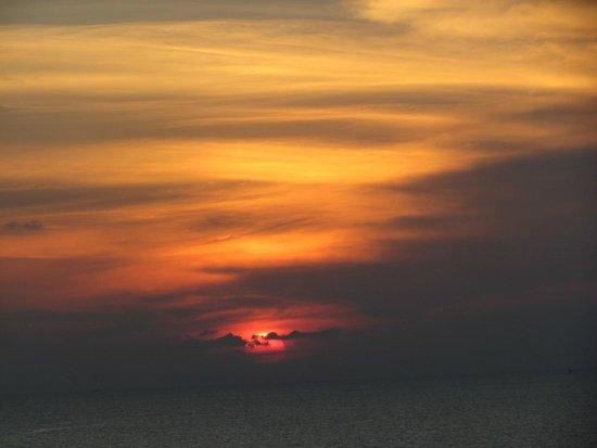 The Houben Hotel : sunset