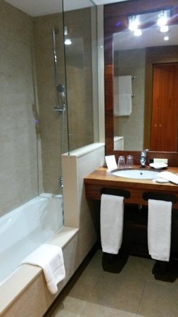 Hotel Riberies: Baño
