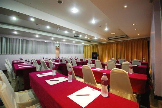 Chaydon Bangkok: Meeting Room