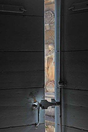 La Maison Sur La Sorgue - Esprit de France : Chambre avec vue sur la chapelle