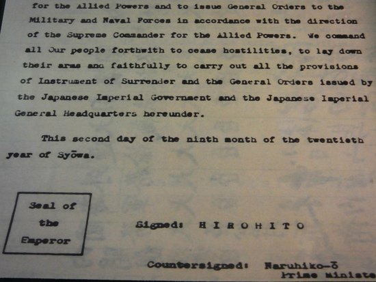 Battleship Missouri Memorial: Surrender Documents..!