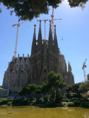 Spanish Trails Day Tours and Events : Sagrada Familia
