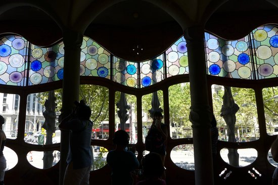 Spanish Trails Day Tours and Events : inside Casa Batlo
