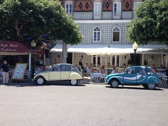 Lisbon in 2CV