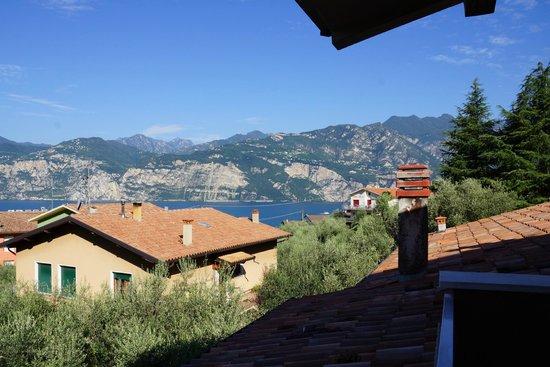 Hotel Garni Ischia: View from balcony n.1