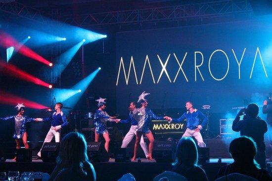 Maxx Royal Belek Golf Resort: Шоу