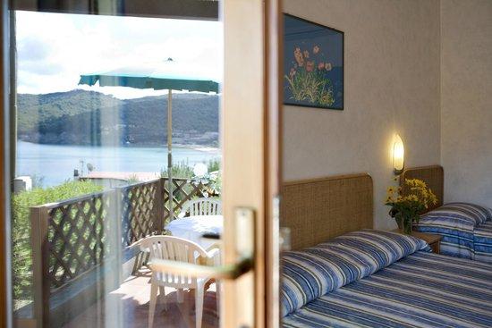 Hotel Danila: Camera oleandro vista mare