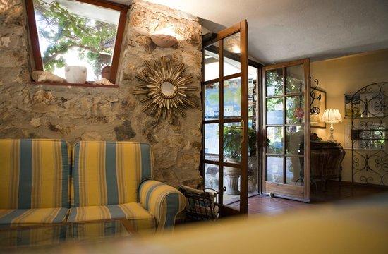 Hotel Danila: Hall ingresso
