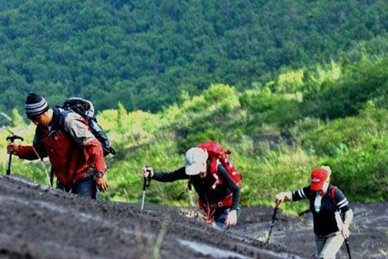 Mountain View Resort & SPA: Volcano Trekking with experienced guides