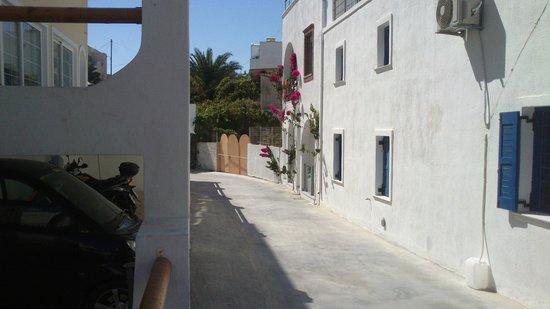 Galatia Villas: Strada