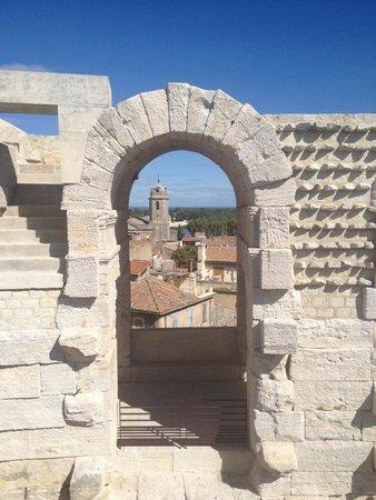 Amphitheatre (les Arenes): Vista Arles