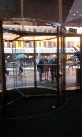 Radisson Blu Hotel, Glasgow: Entrance to Raddison Blu