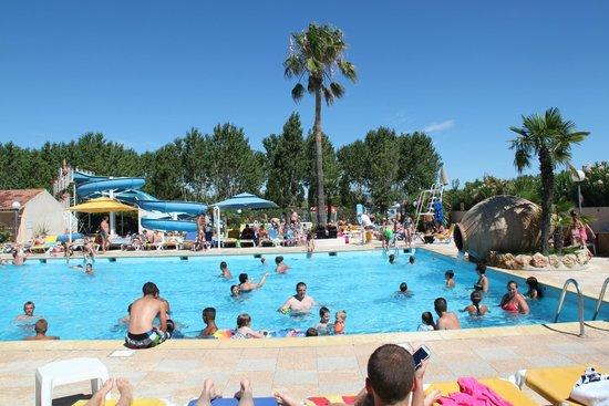 Wc ext rieur photo de camping sandaya riviera d azur for Club piscine plus cppq laval