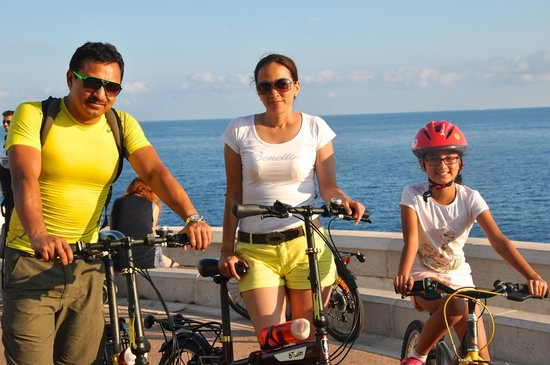 Nice Cycle Tours : Promenade des Anglais