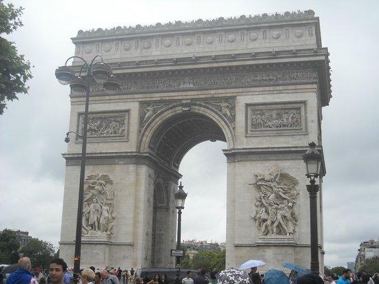 Arc de Triomphe: Arco del Triunfo