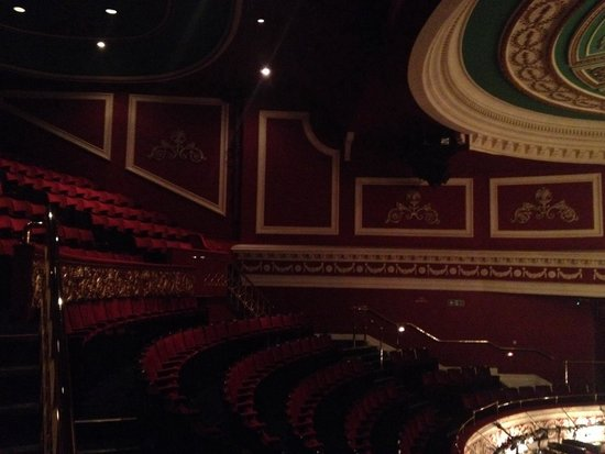 Gaiety Theatre: 😬