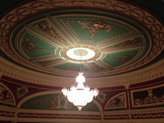 Gaiety Theatre: Beautiful