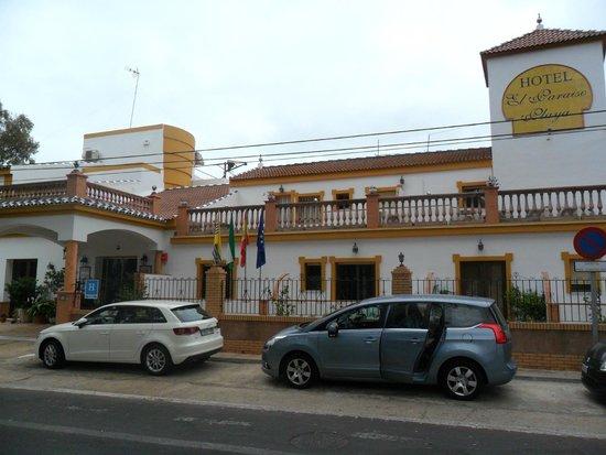 Hotel Paraiso Playa : Fachada del hotel.
