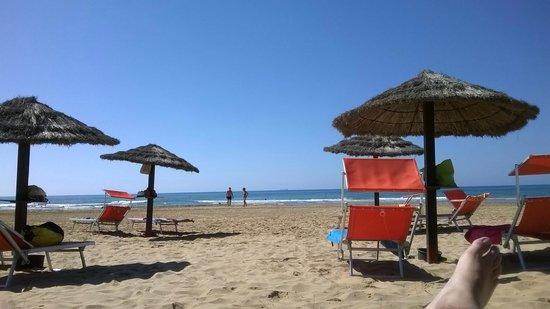 Hotel Conte di Cabrera : Spiaggia privata
