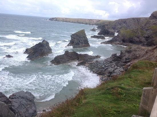Carnewas and Bedruthan Steps: top view