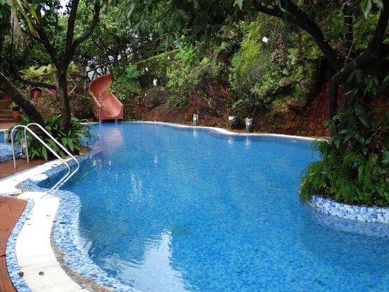 Bella Vista Resort: Pool View 2