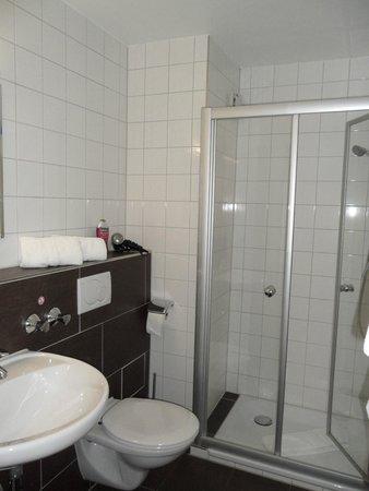 Hotel Anker: Badezimmer