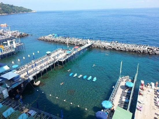 Hotel Caravel Sorrento: Grand Marina in Sorrento.