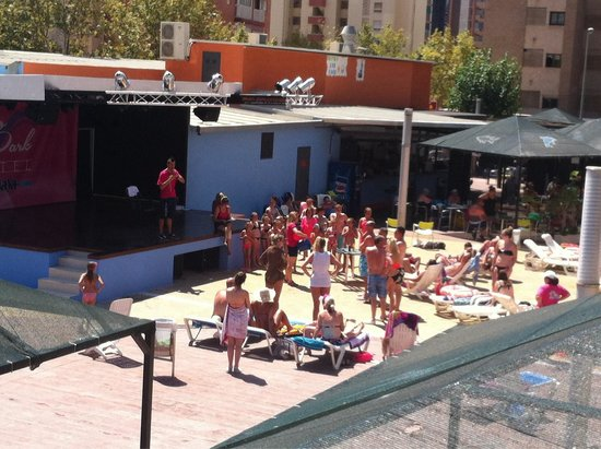MedPlaya Hotel Rio Park: Outside stage/activities