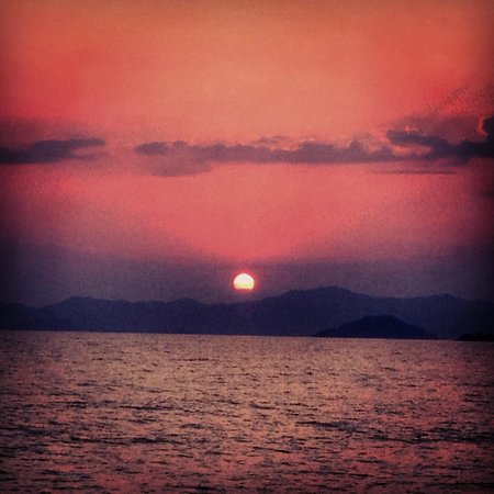 Bahar: View of Sunset from Calis Beach right in front of the hotel